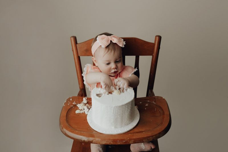 sweet one year old photographer in Columbia mo